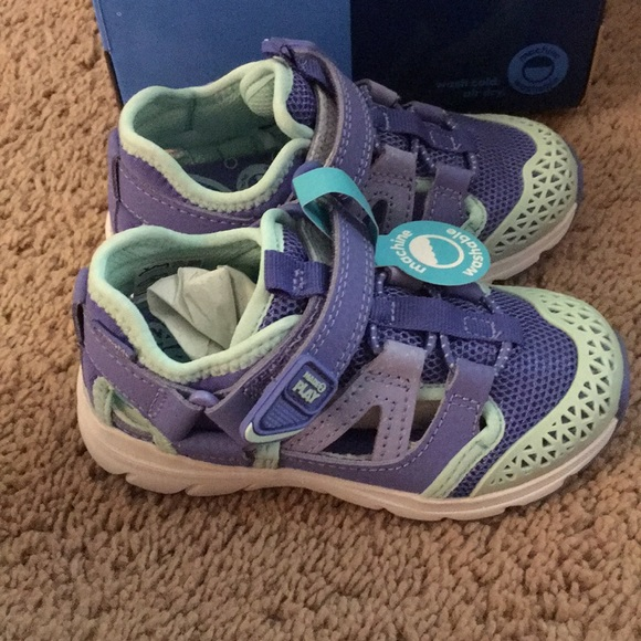 Stride Rite Other - New toddler girls stride rite shoes size 7
